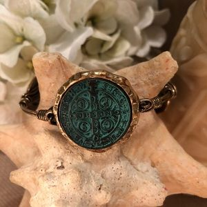 "Jewelry - Green ""coin"" station bangle"